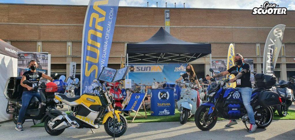 Stand de Gran Scooter con Sunra y Zitmuv en el Automobile Barcelona 2021